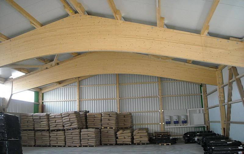 Hallen aus einer hand dausch hallen for Bauen aus einer hand